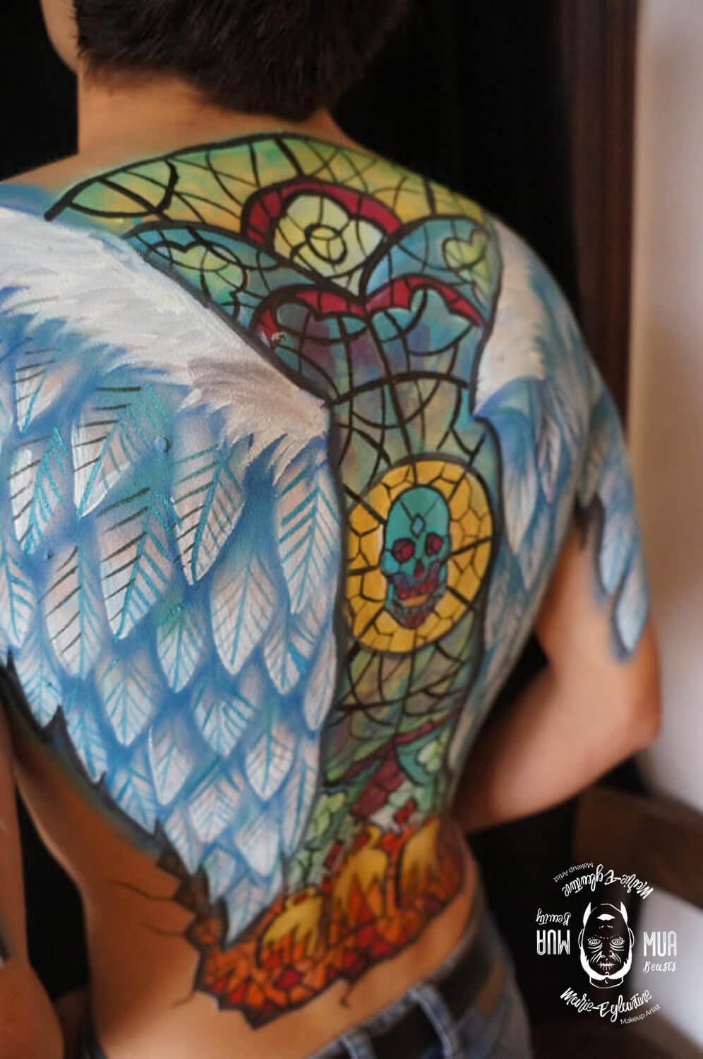 Bodypainting, angels wings