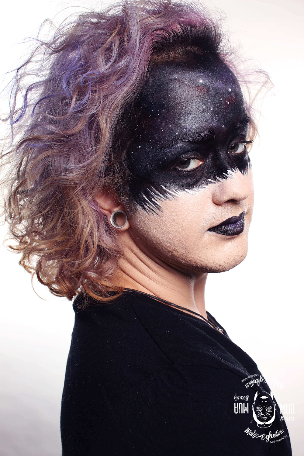 Maquillage artistique inspiration galaxies